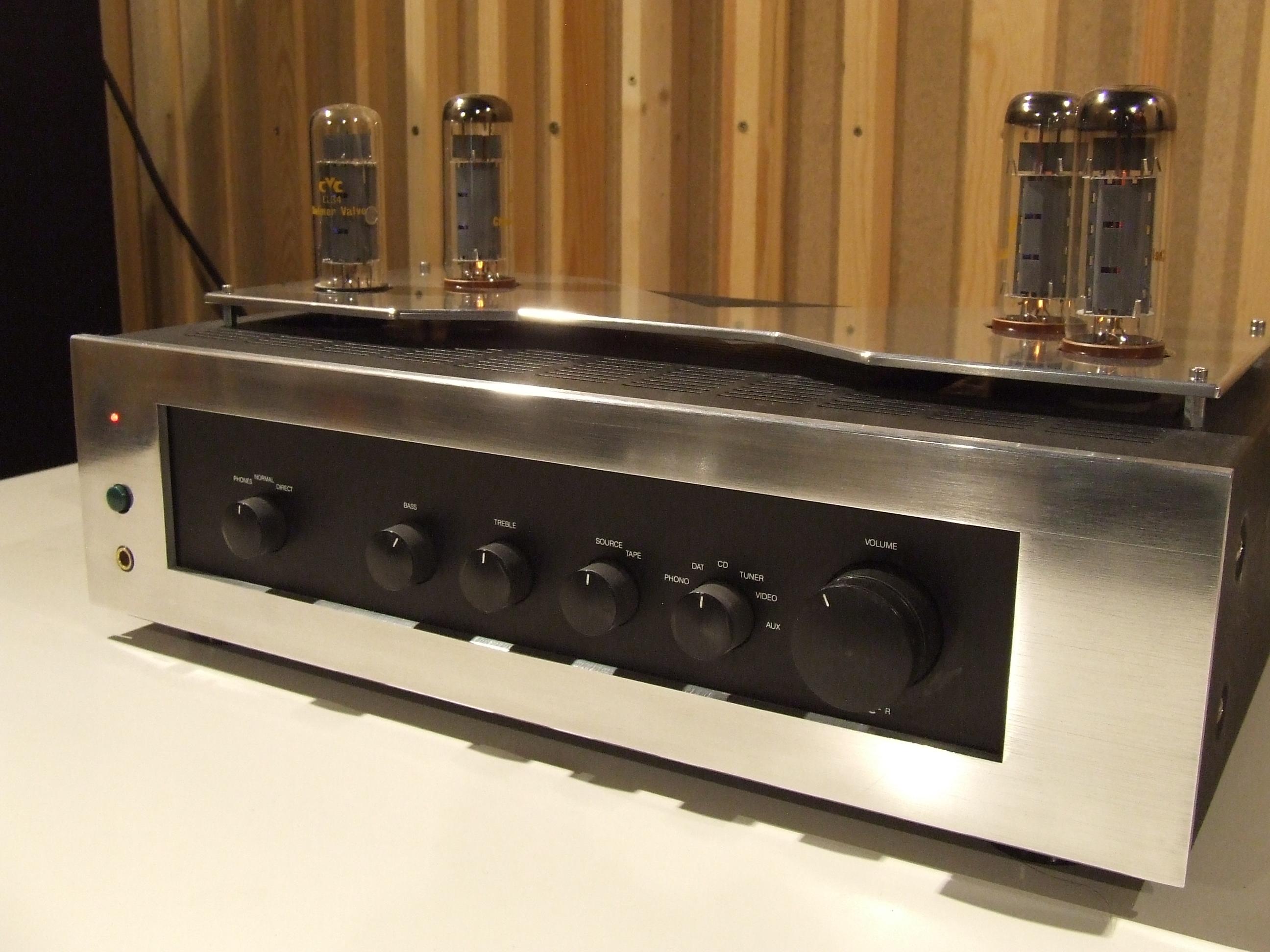 customisation d 39 amplis hifi gen ve musique. Black Bedroom Furniture Sets. Home Design Ideas